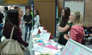 """""""Placida""""-Schüler und -Lehrer informierten über ihr Berufskolleg. Foto: SMMP/Diedrich"""