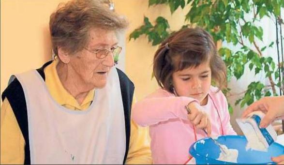 """Für Menschen mit Demenz und Kinder gibt es im Seniorenzentrum Am Eichendorffpark in Stromberg bereits gemeinsame Aktionen. In der """"Lokalen Allianz für Menschen mit Demenz"""" soll mit Förderung durch den Bund dieses generationsübergreifende Projekt nun weiter ausgebaut werden."""