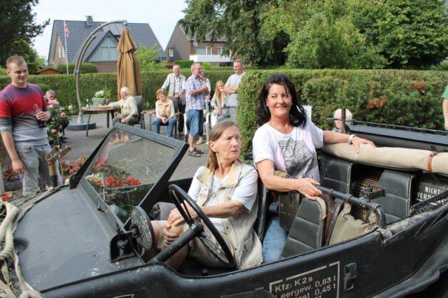 Frau van Dijk und Frau Nötzold
