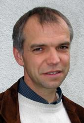 Der bisherige Leiter Christoph Schwake übernimmt die Aufgabe des Qualitätsmanagement-Beauftragten für die Schulen und Bildungseinrichtungen der Schwestern der hl. Maria Magdalena Postel in Ahaus, Menden, Bestwig, Kassel und Heiligenstadt