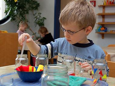 Der Bergkindergarten will Kinder individuell nach ihren Fähig- keiten fördern.