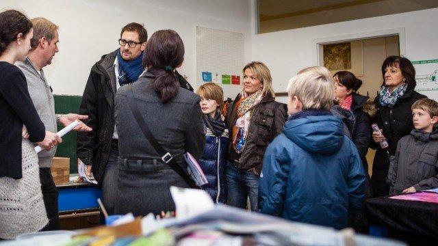 Diskussion im Kunstraum: Welche Schulform für mein Kind? (Foto: SMMP/Beer)