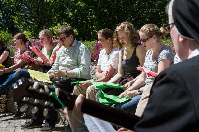 Rund 50 Jugendliche aus vier Ländern kamen 2013 zum Pfingsttreffen ins Bergkloster Bestwig. Diesmal sollen es noch mehr Teilnehmerinnen und Teilnehmer aus mindestens sieben Ländern werden. Foto: SMMP/Bock
