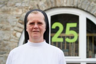Schwester Maria Gabriela Franke leitet die Praxis seit einem Vierteljahrhundert. Foto: SMMP/Bock