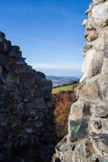 Zeichen der Vergänglichkeit: Die Burgruine in Meschede-Eversberg. Foto: SMMP/Bock